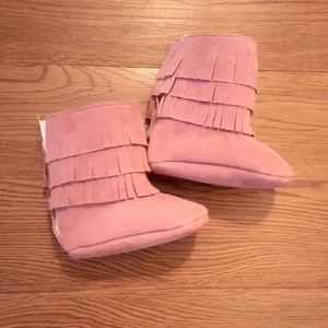 Other - Mauve baby fringed boots